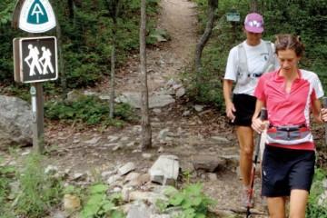 Jennifer Pharr Davis sets the overall Appalachian Trail speed record