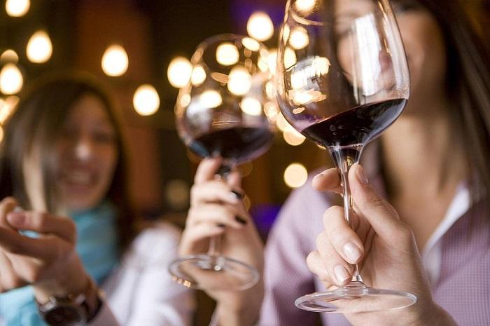 Free Saturday Wine Tasting